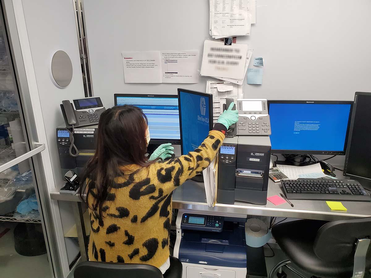 Photo La County Mobile Compounding Pharmacy Inside Office