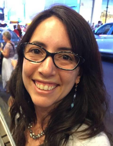 Mindy-headshot-Mindy-Tauberg.jpg