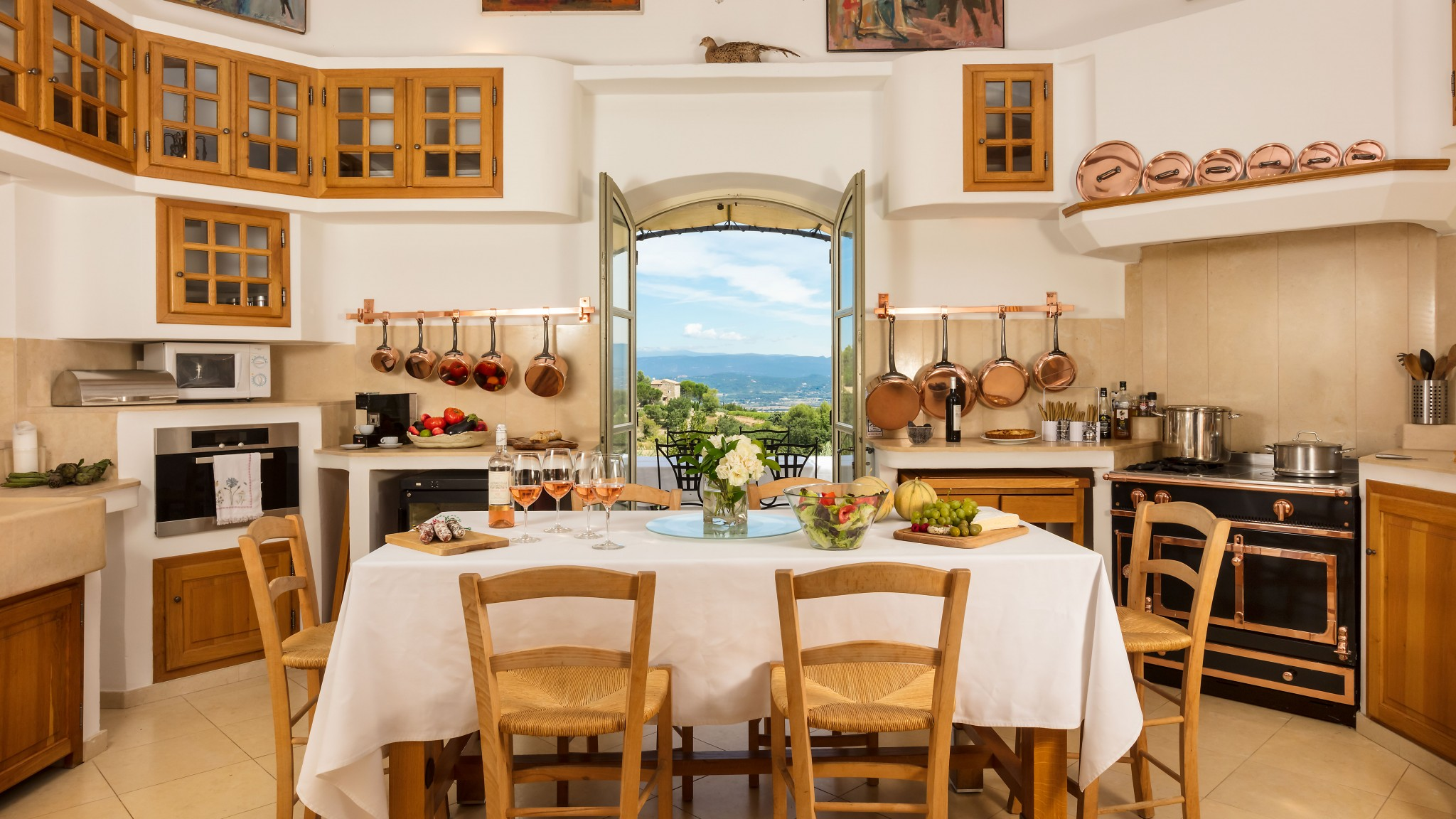 Chateau Lavande kitchen