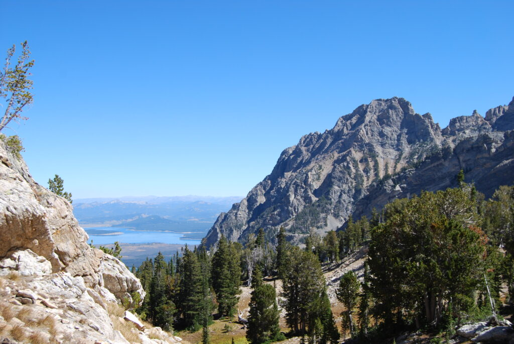 On the way to Paintbrush Divide