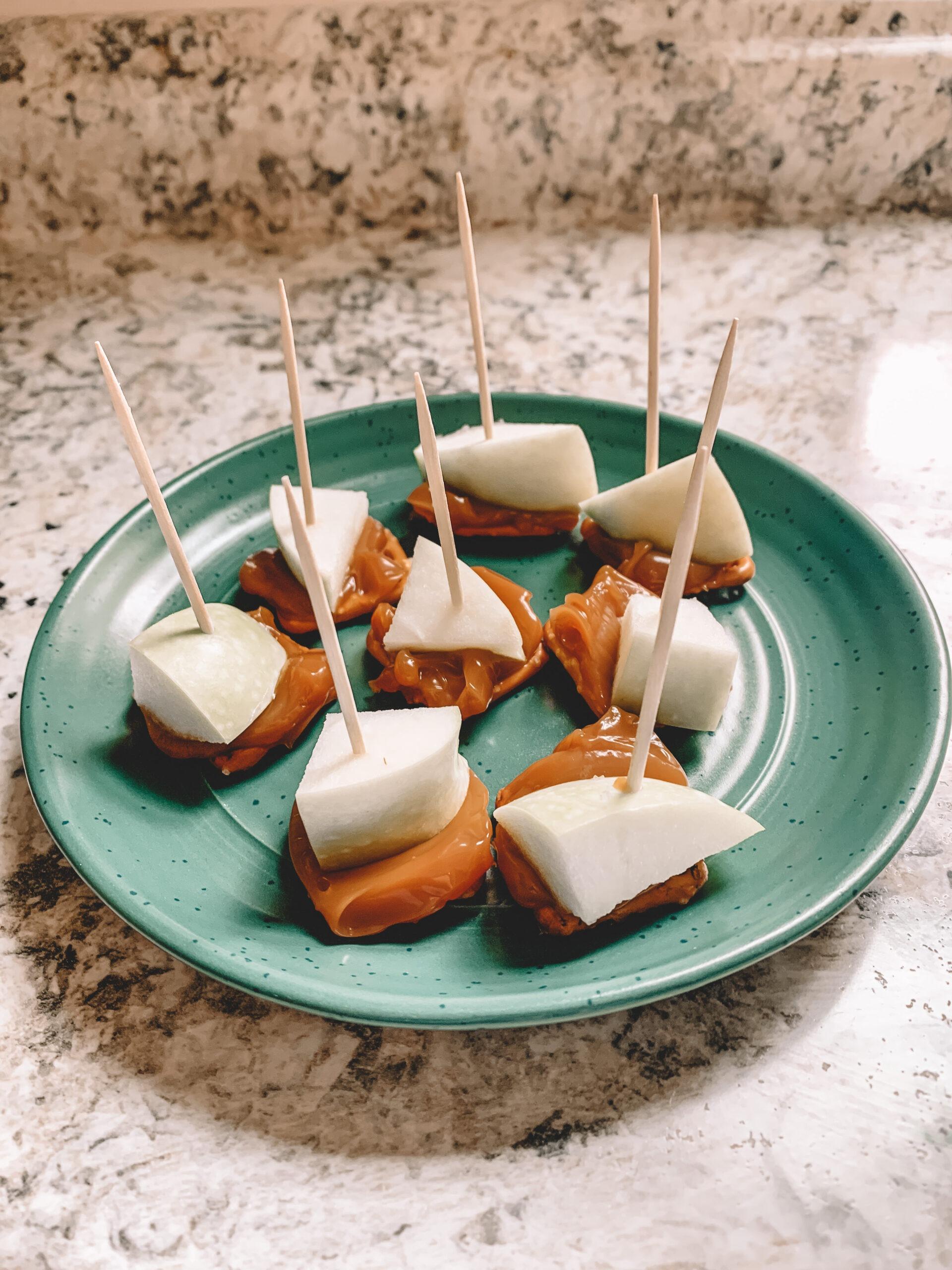 sarah bowmar caramel apple bites