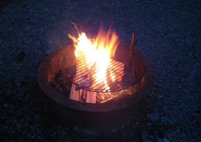 New River Cabins #1-#4 picnic table & Fire ring