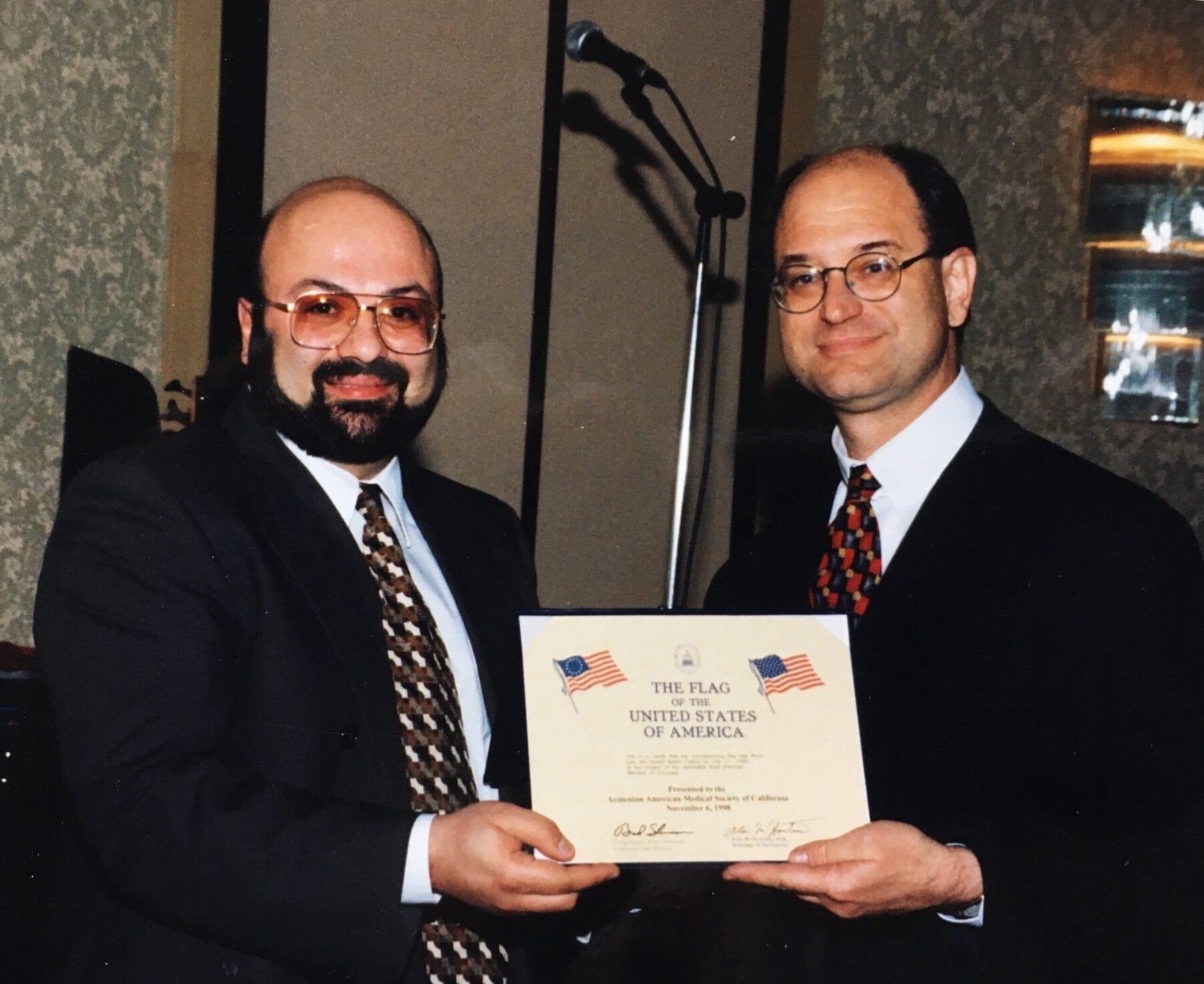 Dr. David Davtyan Receiving Commendation From U.s. Congressman Brad Sherman In Los Angeles