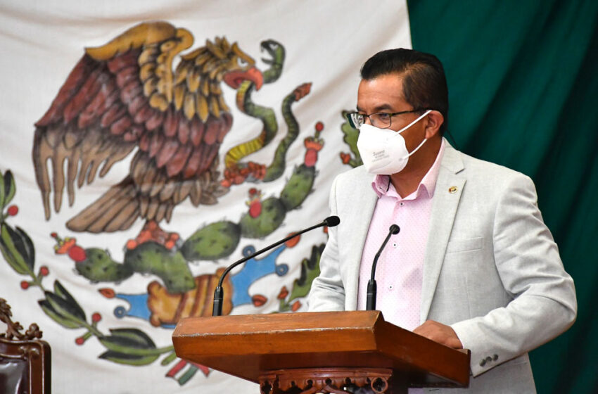 CONGRESO MEXIQUENSE SOLICITA PRIORIZAR VACUNA ANTI COVID PARA PERSONAL DE SEGURIDAD Y EMERGENCIAS