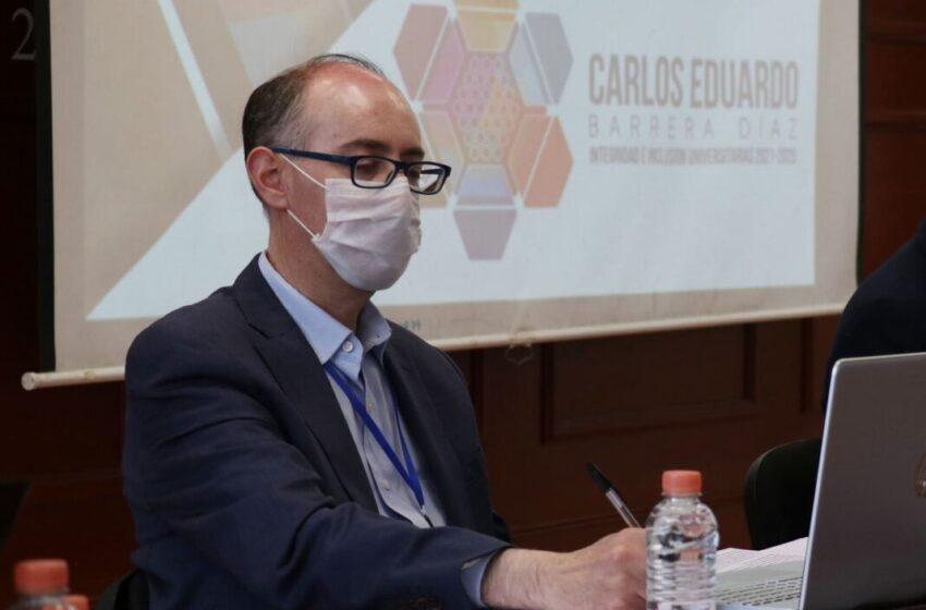 EL CANDIDATO A LA RECTORÍA DE LA UAEMÉX CARLOS BARRERA DÍAZ RESPONDE A LA DECISIÓN DE YOLANDA BALLESTEROS SENTÍES