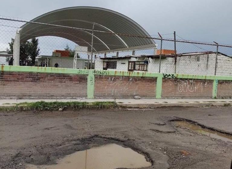 MILES DE BACHES EN CALLES DE LA ZONA NORTE DE TOLUCA