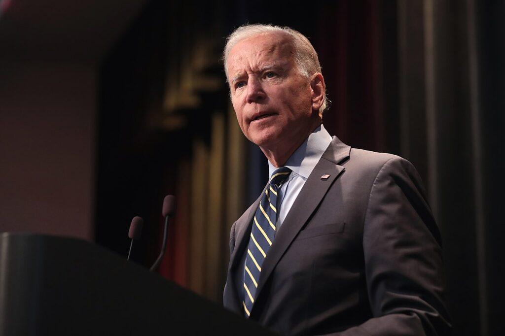 Biden anunció sanción contra ministro cubano y pronta llegada de internet a la isla