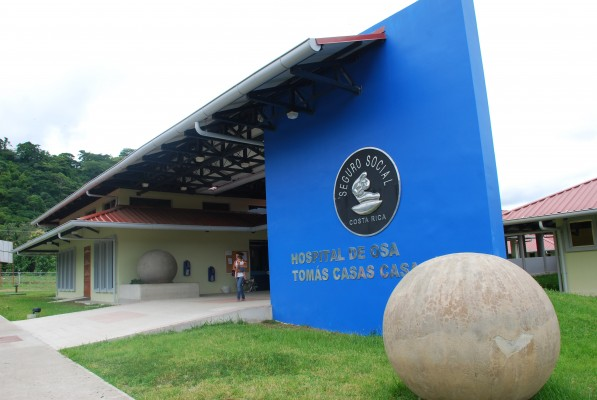 Hospital de Osa Costa Rica ball blue