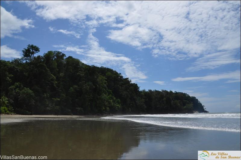 Playa Ventanas costa rica sky
