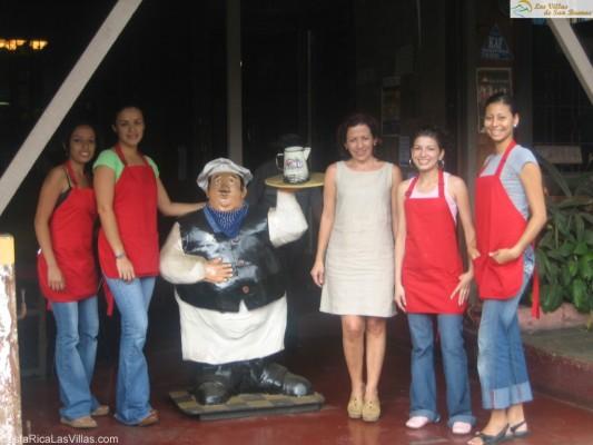 Kafe de la Casa san isidro coffee shop