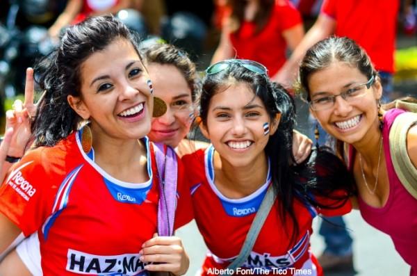 Costa Rica sele cute women