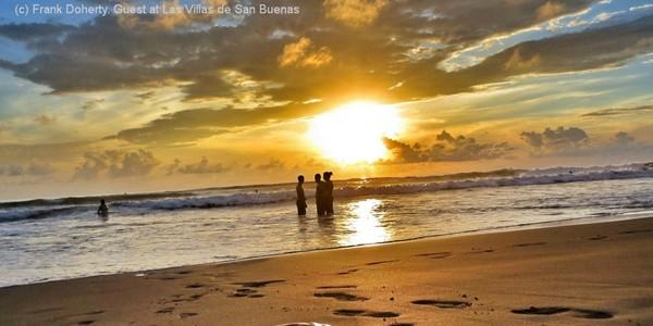 Costa Rica beaches villas rent