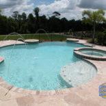 Round Shaped Pool with Vanishing Edge