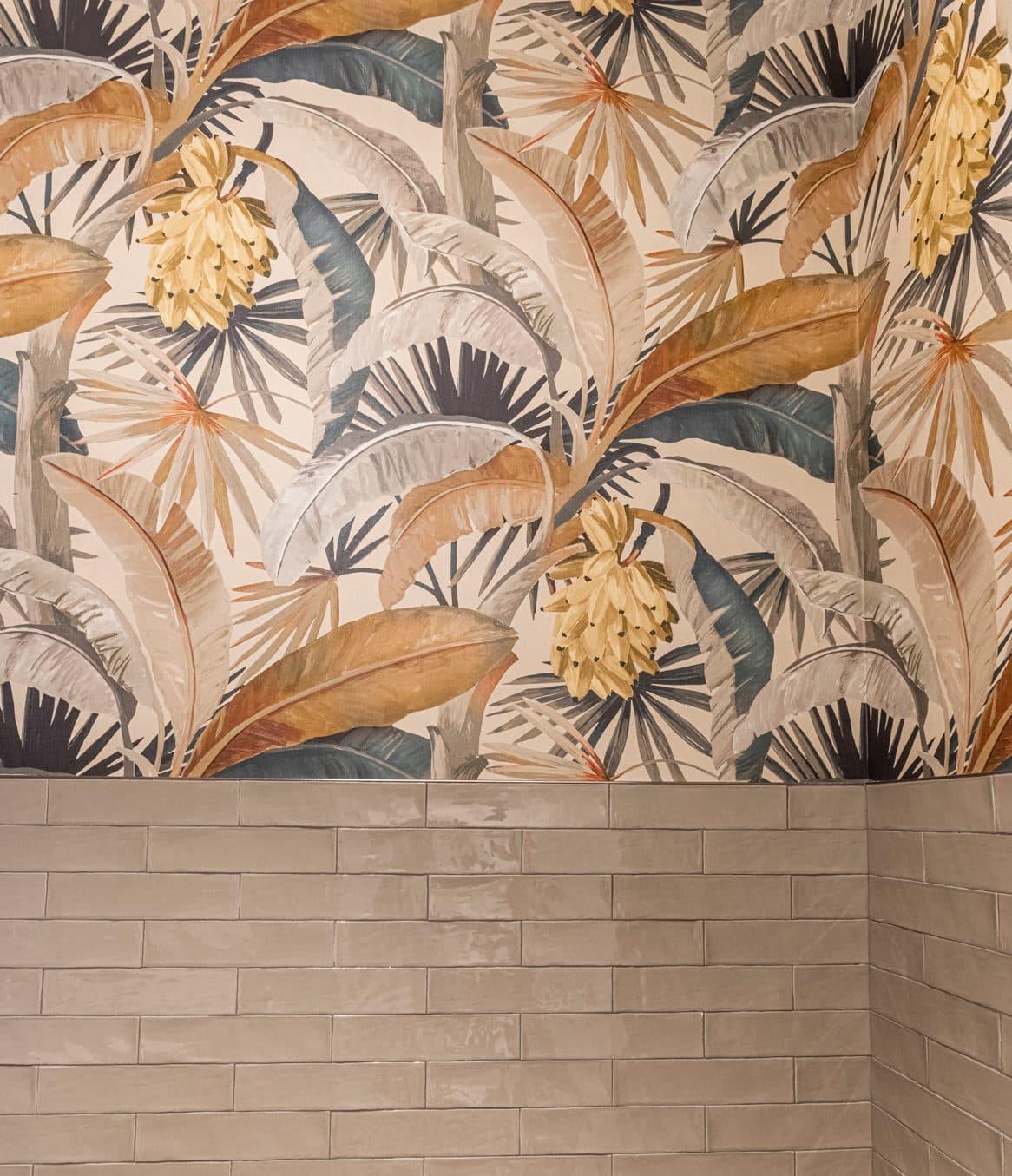 Town Village Walk | Interior Wall Detail | Fort Myers, FL | Multifamily | Interior Designers