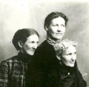 The Bush Sisters: Samantha Bush Wold Prue, Mattie Bush, and Emily Bush Darst,