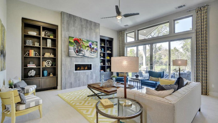 Built in living room bookshelves by Burrows Cabinets