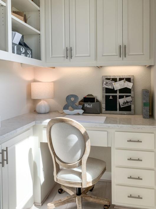 Hidden office desk white Travis doors