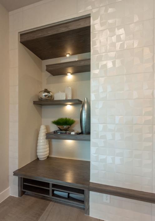 Living room built-in shelves and mantle in EVRGRN Rok