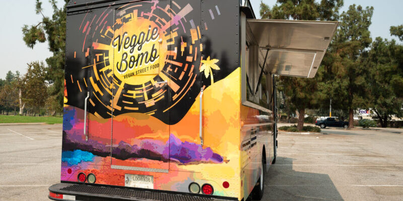 Food Truck Design Tips: Create a Mind-Blowing Vinyl Wrap