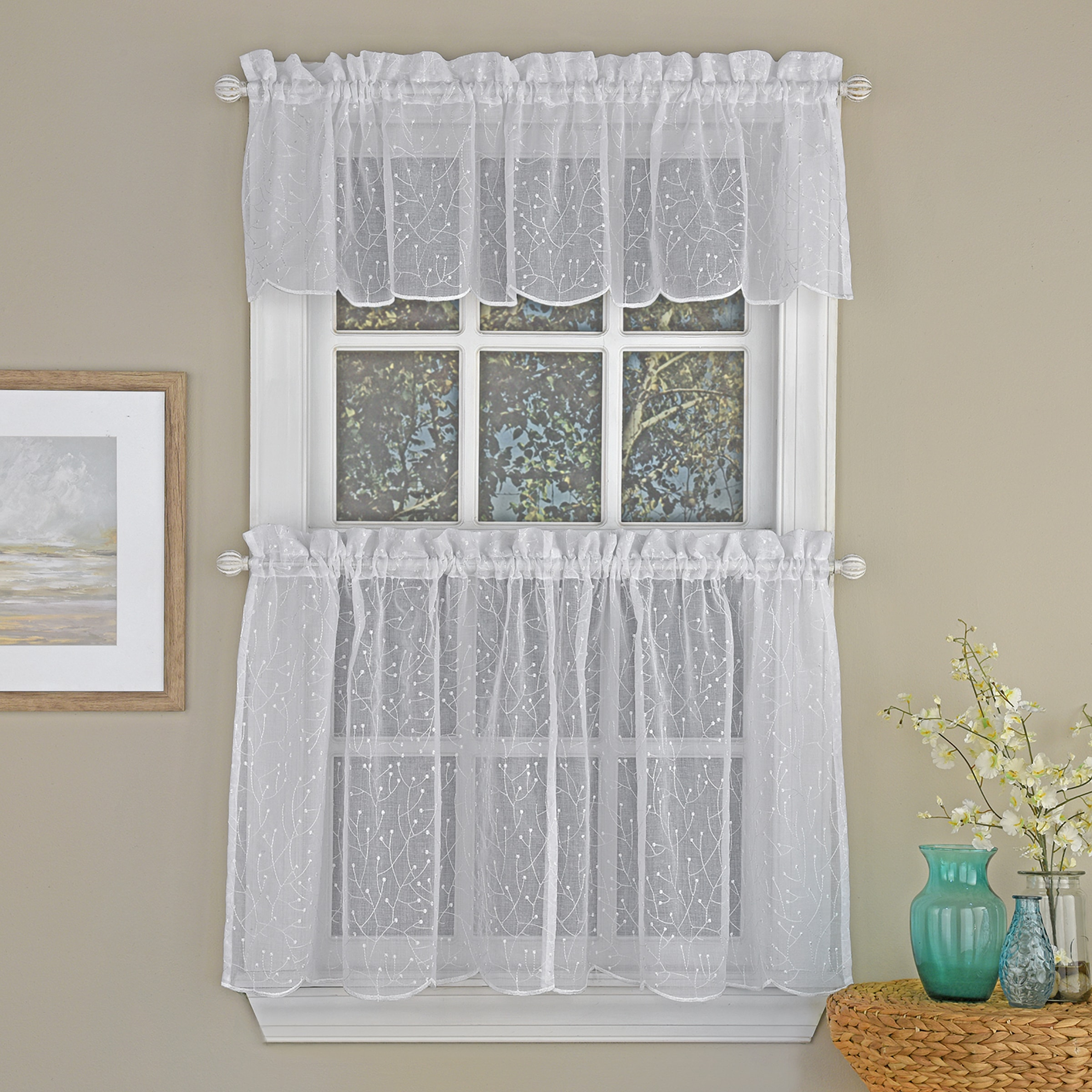 Floral Spray Tier with Valance