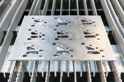 laser cutting example - thick aluminum