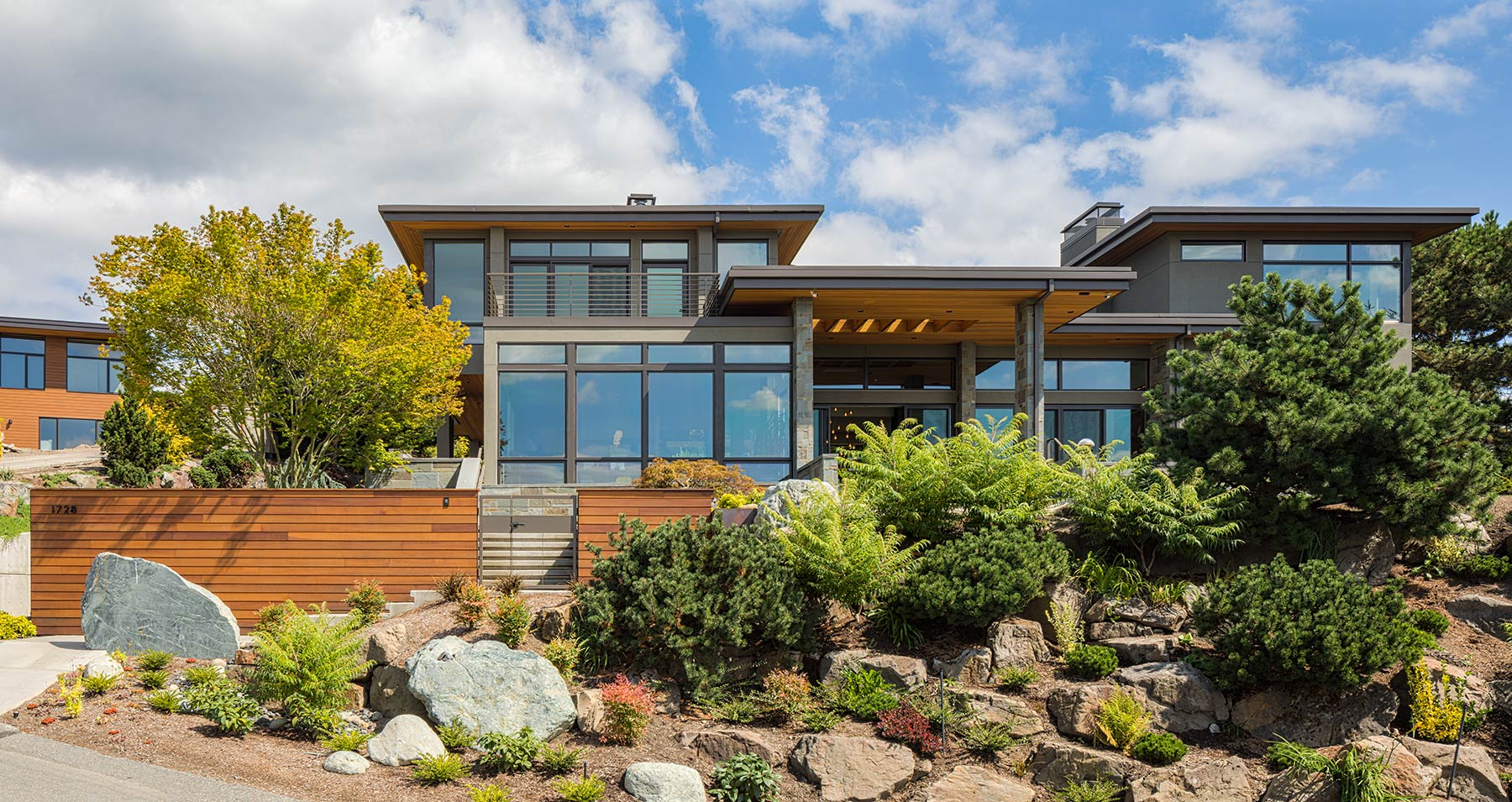 Clyde Hill Residence - Exterior