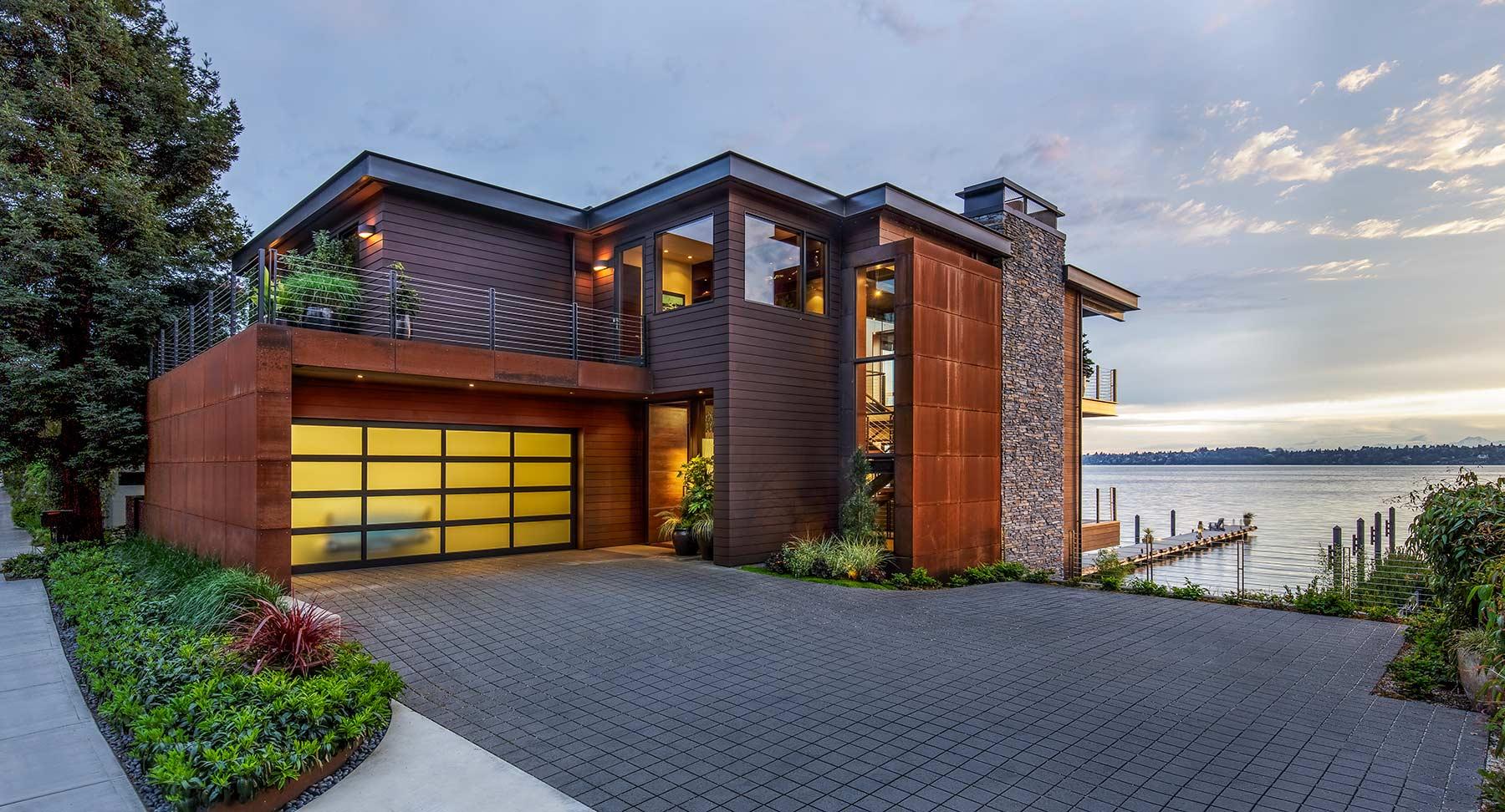 Lake Street Residence - Exterior