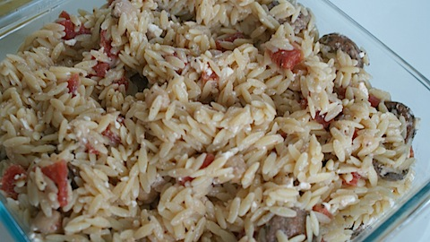 Simple Recipe: Orzo with Roasted Garlic Chicken Sausage