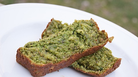 St. Patrick's Day Treat: Green Banana Bread (with Spinach)