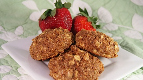 Carrot Cake Breakfast Protein Cookie