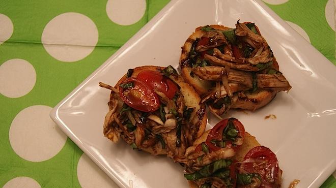 Chicken Caprese Bruschetta