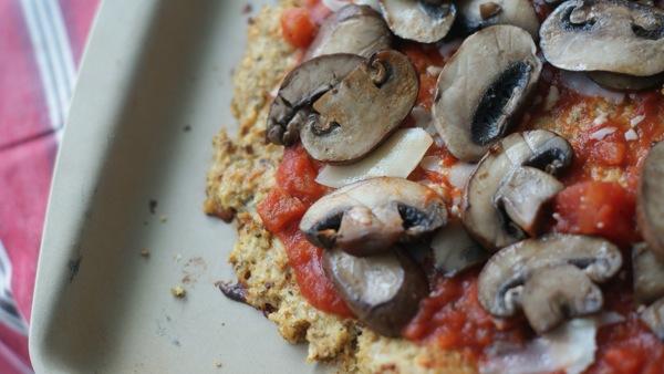 Carbless Cauliflower Crust Pizza