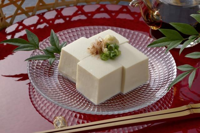 Завоевавший популярность по всему миру соевый творог ТОФУ (豆腐)