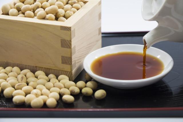 Соевый соус СЁЮ (醤油) – неотъемлемый элемент японских блюд от суши до вареностей НИМОНО (煮物)
