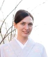 Елена Белякова, сертифицированный опытный гид-переводчик по Японии (https://www.instagram.com/erenabel_japan/)