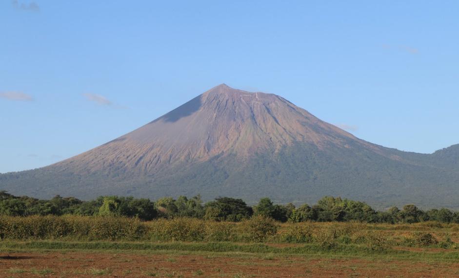 INETER Mantiene vigilancia en Volcán Telica tras explosiones el 30 de noviembre