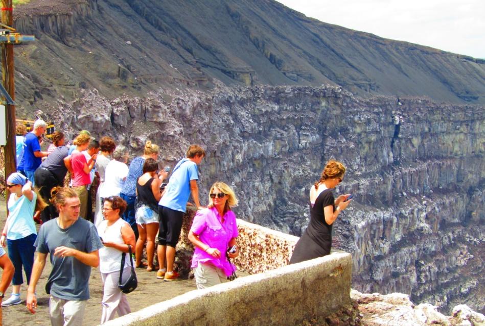 National Geographic explora el Volcán Masaya