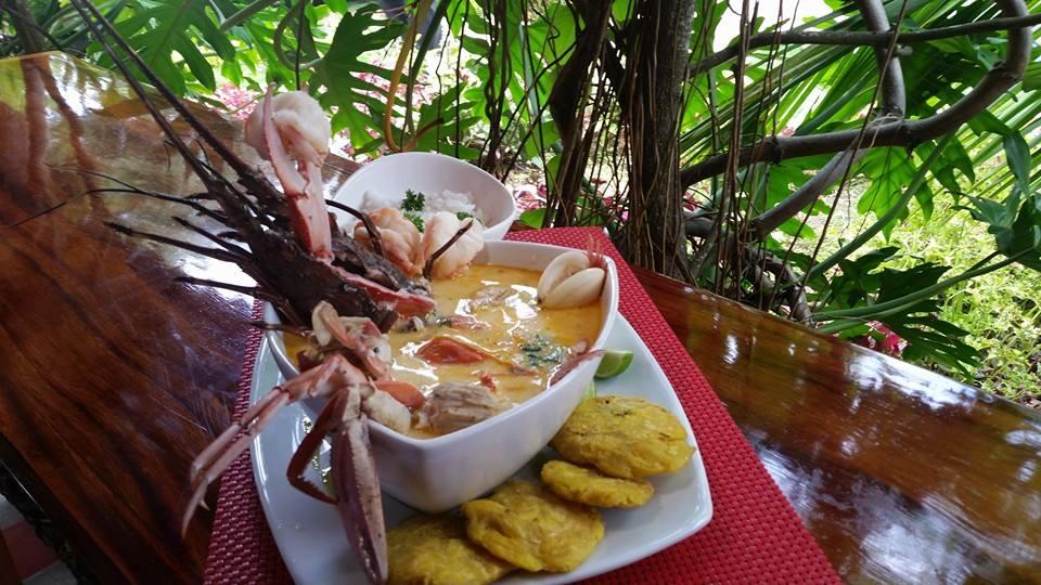 Beneficios de tomar sopa de pescado y mariscos