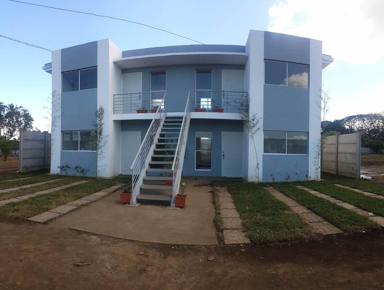 Nicaragua inaugura su primera vivienda de multifamilias en Managua