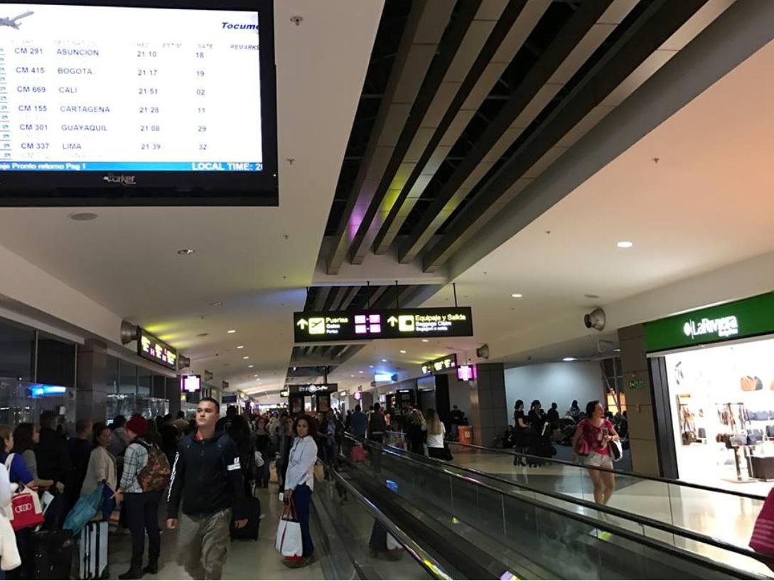 Panamá extiende restricción de vuelos internacionales en Tocumen hasta nuevo aviso