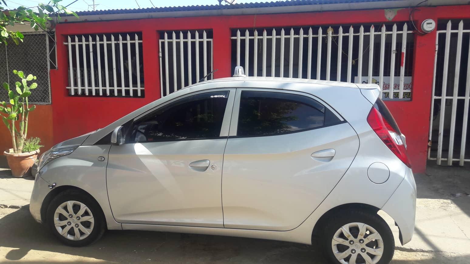 Servicio privado de Taxi WhatsApp en Managua