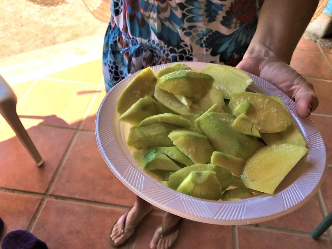 ¿Porqué los nicaragüenses les gusta los mangos con sal?