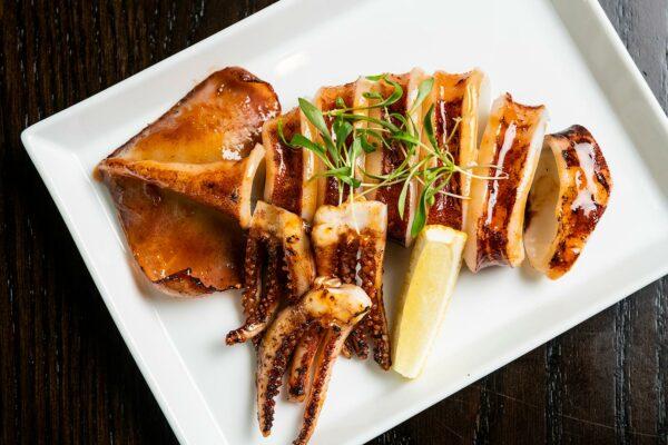 Momosan Seattle Seafood plate