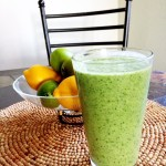 kale smoothie with bananas and peanut butter