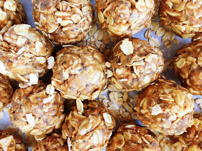chocolate-peanut-butter-energy-balls