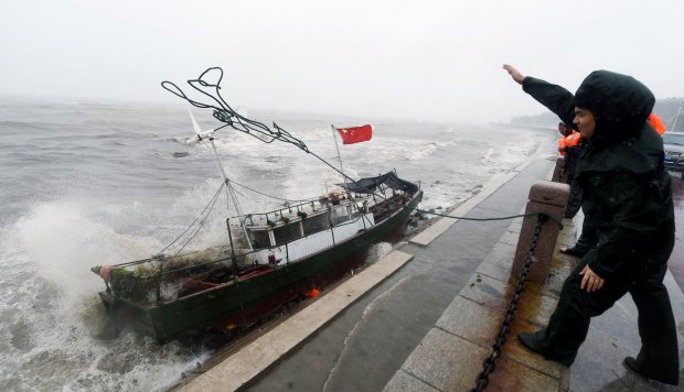 scientists say a tsunami hit china 1 000 years ago and