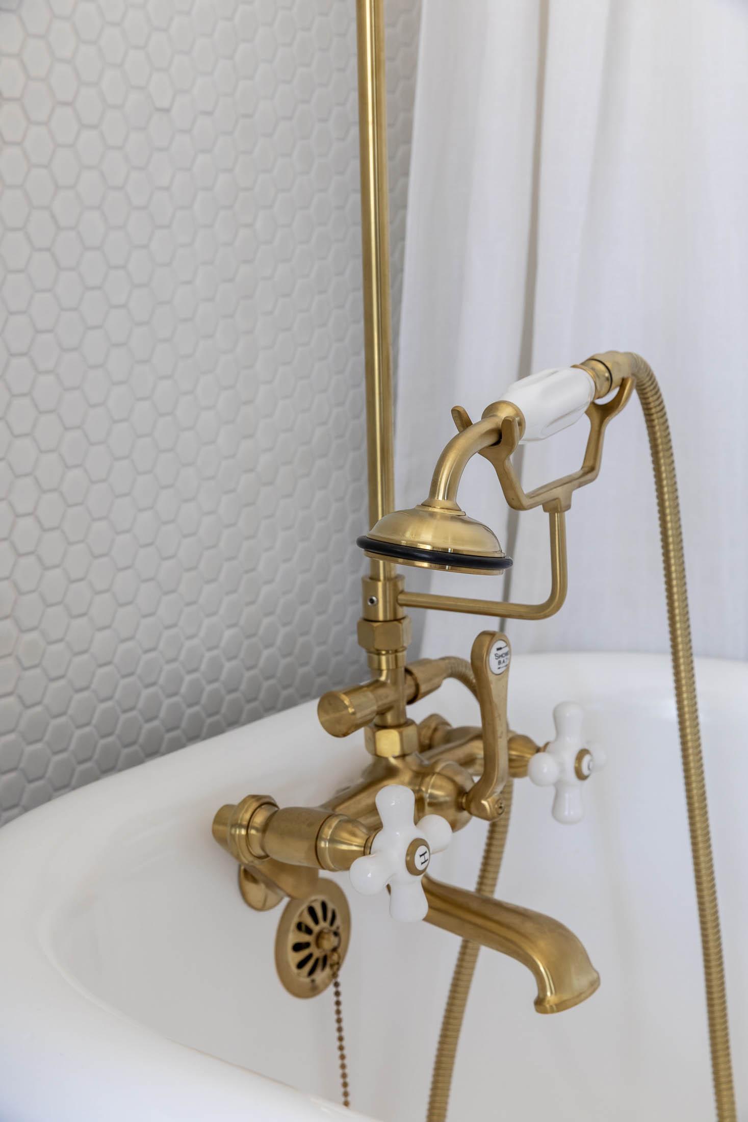Purcell House Bath Detail