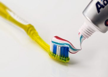 Who invented toothpaste? | A history of the teeth cleansing tube