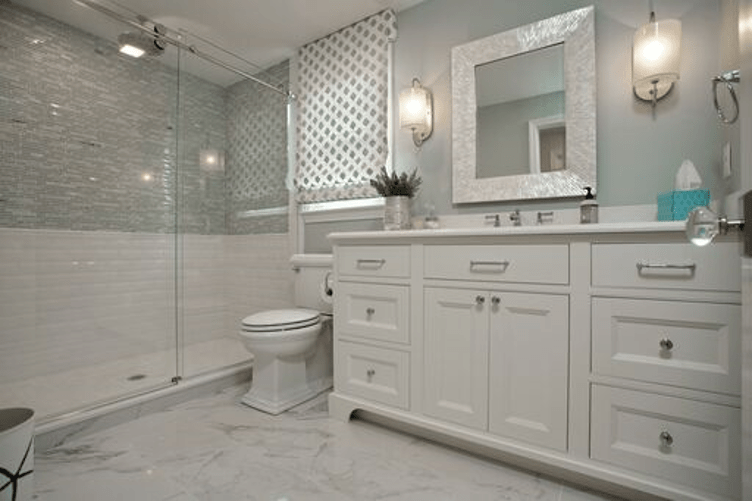 Diverse Tile Textrures in Bathroom