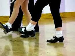 girls tap dancing